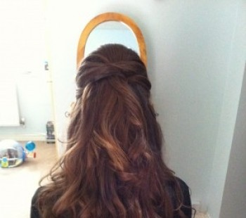 Bridal Hair Soft Curls Half Up