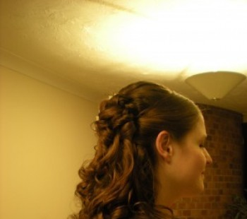 Bridal Hair Curls Half Up