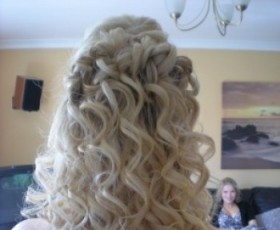 Prom Hair Curls Half Up